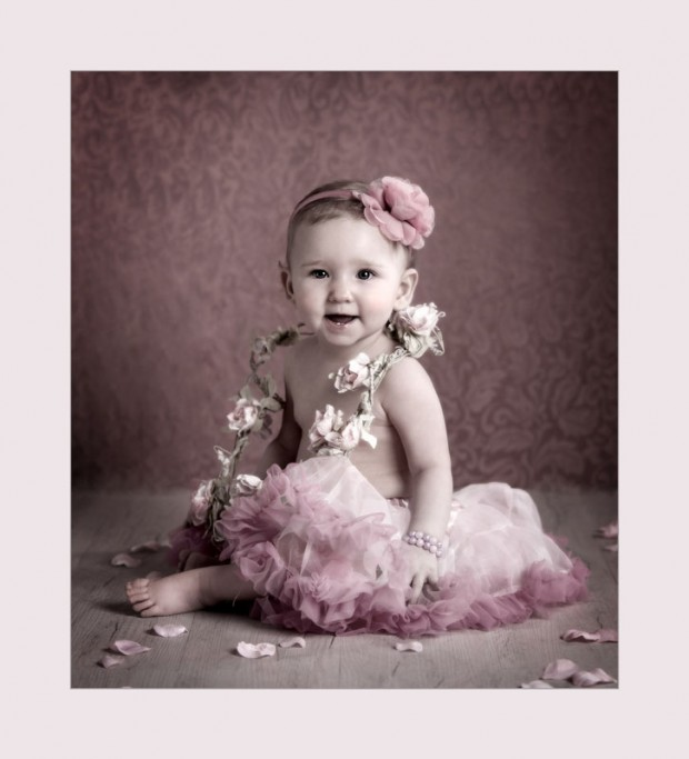 angel_images children's photographer inverclyde_flower_baby